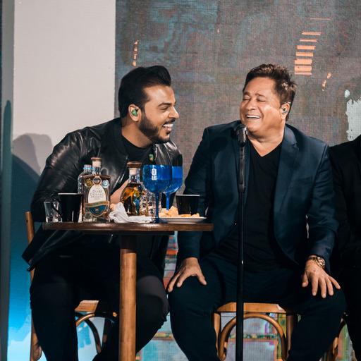 """Hit """"Carinha de BBzinha"""" consagra seu sucesso na """"Live Cabaré"""" de Leonardo 43"""