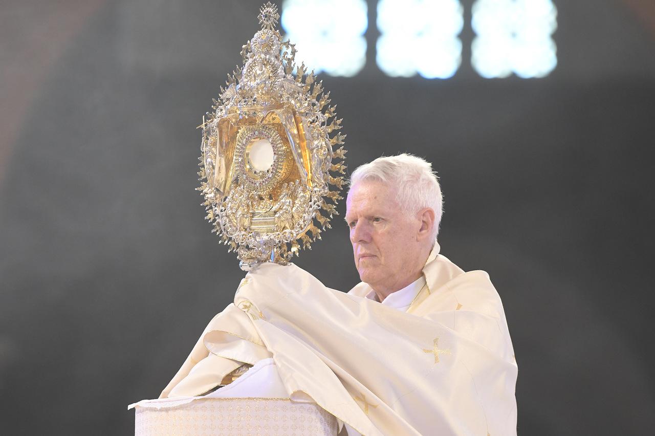 Missa e Musical são destaques na programação de Corpus Christi da TV Aparecida 42
