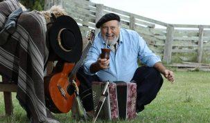 Gaúcho da Fronteira leva a música dos pampas para o palco do Aparecida Sertaneja 23