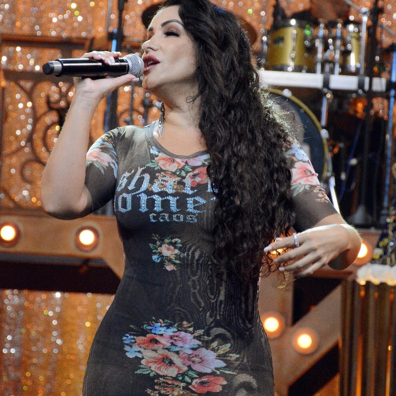 """Aparecida Sertaneja reverencia Cauby Peixoto em """"Encontro Musical"""" 43"""