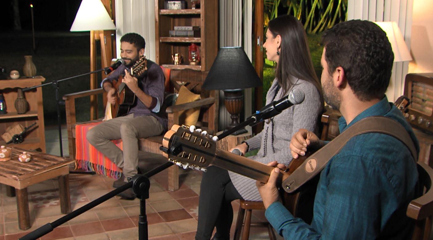 """""""Luar do Sertão"""" recebe os cantores e instrumentistas Aniela & Rafael, nesta terça-feira 43"""