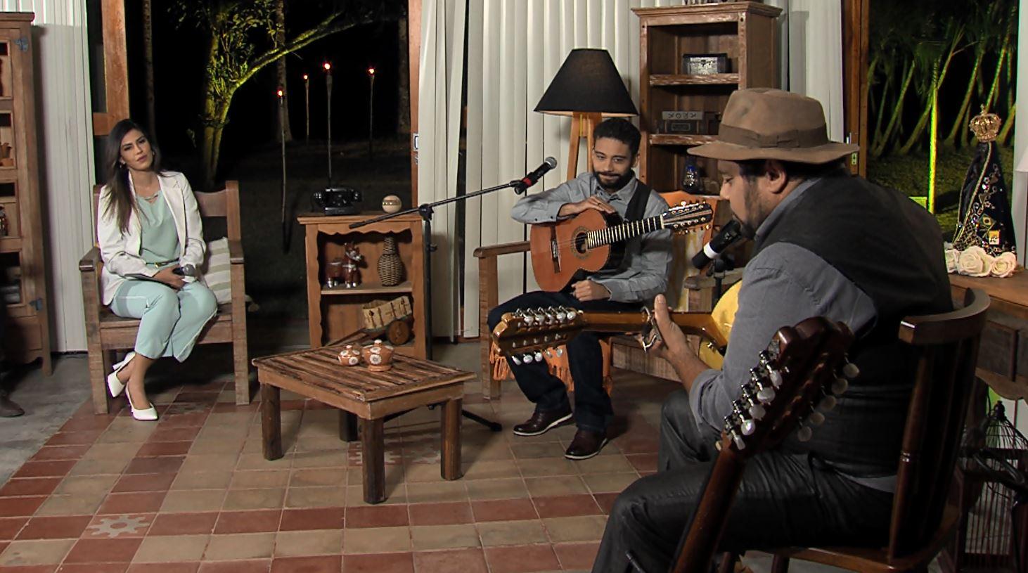 """""""Luar do Sertão"""" recebe o cantor e violeiro Francis Rosa 41"""