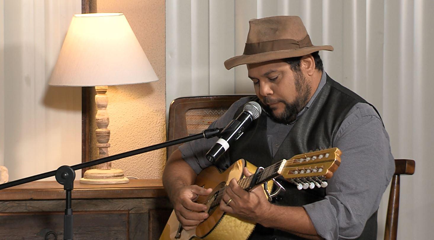 """""""Luar do Sertão"""" recebe o cantor e violeiro Francis Rosa 42"""