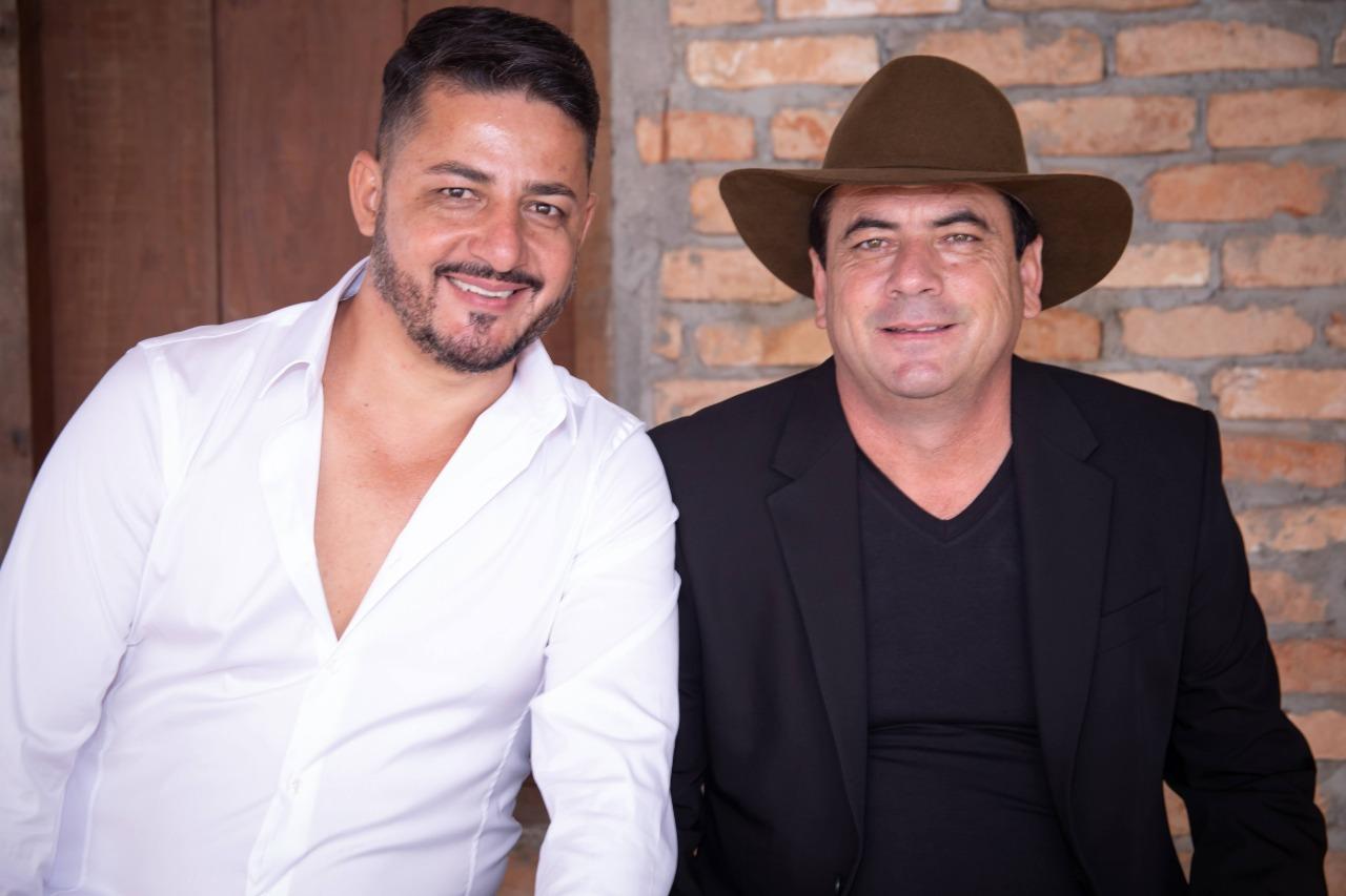 """Antonio Carlos e Rangel lançam o single """"Três Minutos"""" 41"""