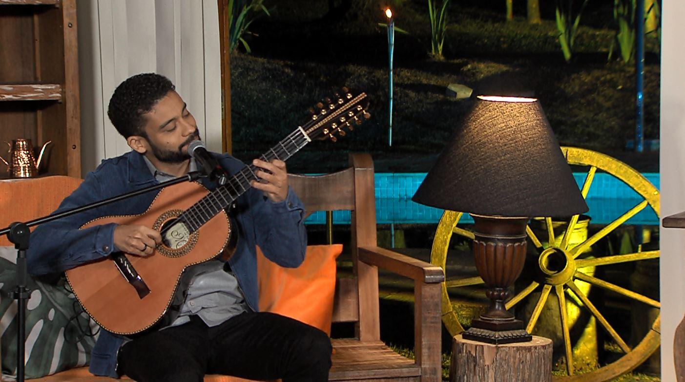 """""""Luar do Sertão"""" recebe o cantor e compositor Léo Vieira nesta terça-feira 43"""