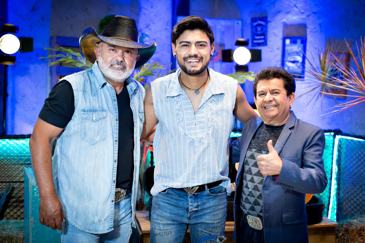 Guilherme di Melo e Rionegro & Solimões apostam em pisadinha para novo hit 41