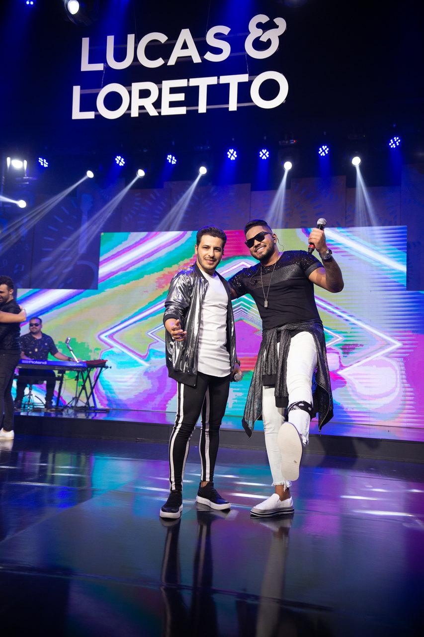 """A dupla sertaneja Lucas e Loretto lança o EP """"No Beat do Hit"""", com 4 faixas, pela Sony Music 43"""