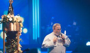 Tânia Mara é a entrevistada do padre Antonio Maria na TV Aparecida 24