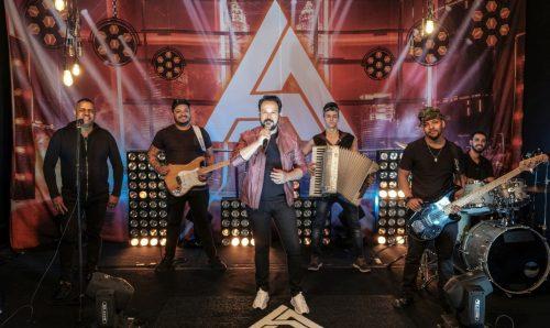 Adriano Almeida reabre agenda de shows para 2021 49